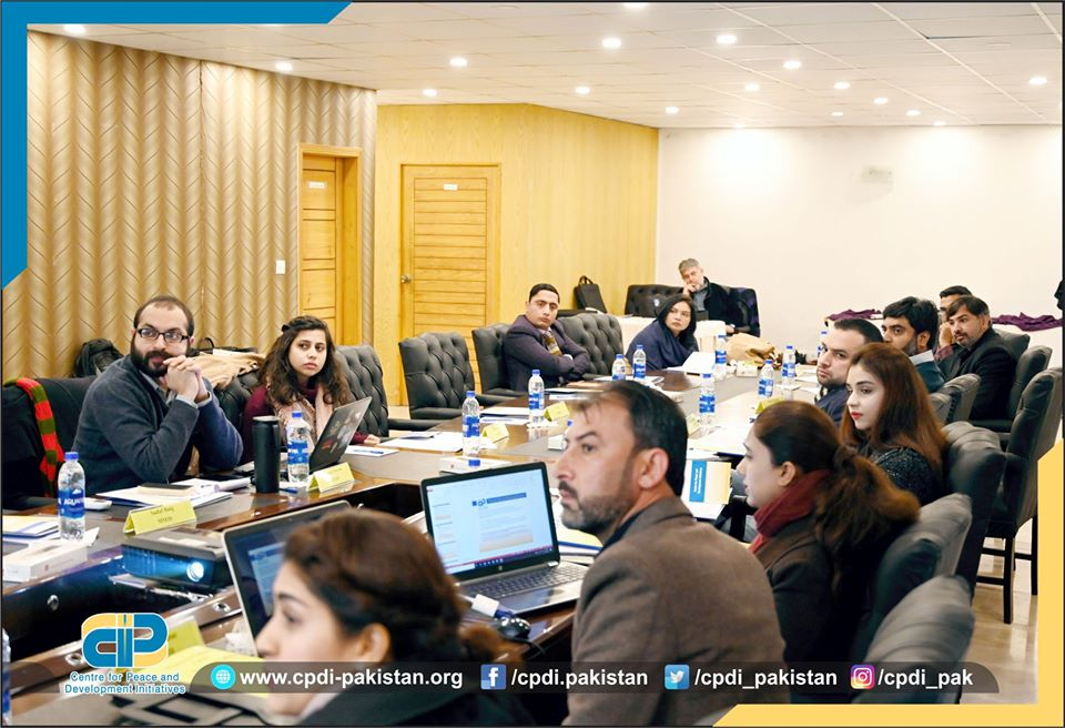 Jalil-Babar-Project-Manager-CPDI-giving-presentation-about-the-activities-of-the-project