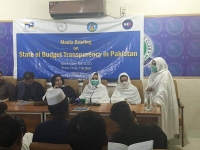 Saima-Chairperson-IRIS-Welfare-Trust-sharing-the-importance-of-the-budget-transparency-during-media-briefing-on-state-of-budget-transparency-report-in-district-Haripur