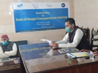 Raja-Nobahar-Chairman-CRG-highlighting-the-main-points-of-report-during-media-briefing-at-Jhelum.
