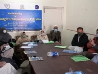 A-Journalist-asking-a-question-regarding-the-budget-making-process-during-the-media-briefing-on-the-state-of-budget-transparency-report-in-district-Swat-II