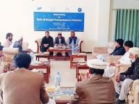 Abid-Sherani-Executive-Director-AWARE-highlighting-the-important-features-of-the-report